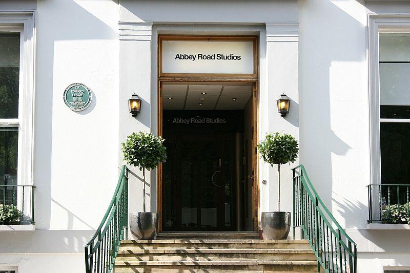 Студиото Abbey Road вече се захранва с възобновяема енергия
