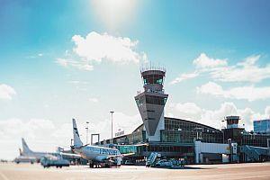 Изграждат покривна PV система на летището в Хелзинки