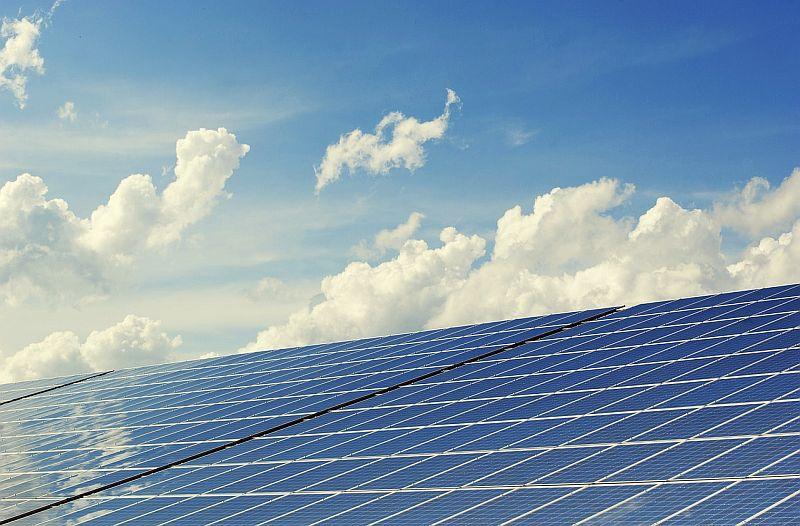 Соларните мощности в света са се увеличили с 50% благодарение на САЩ и Китай