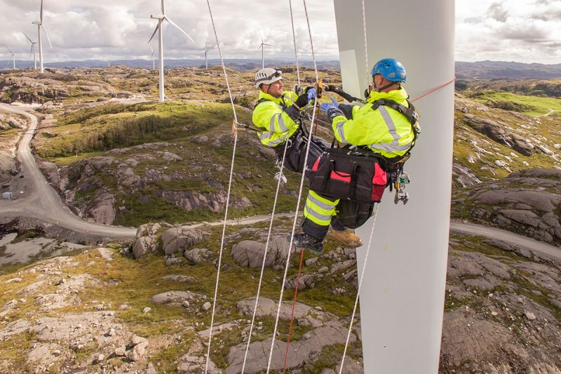 14% от електрическата енергия в ЕС се генерира от вятърни мощности